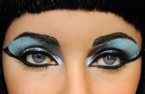 your eye lashes can complete your look