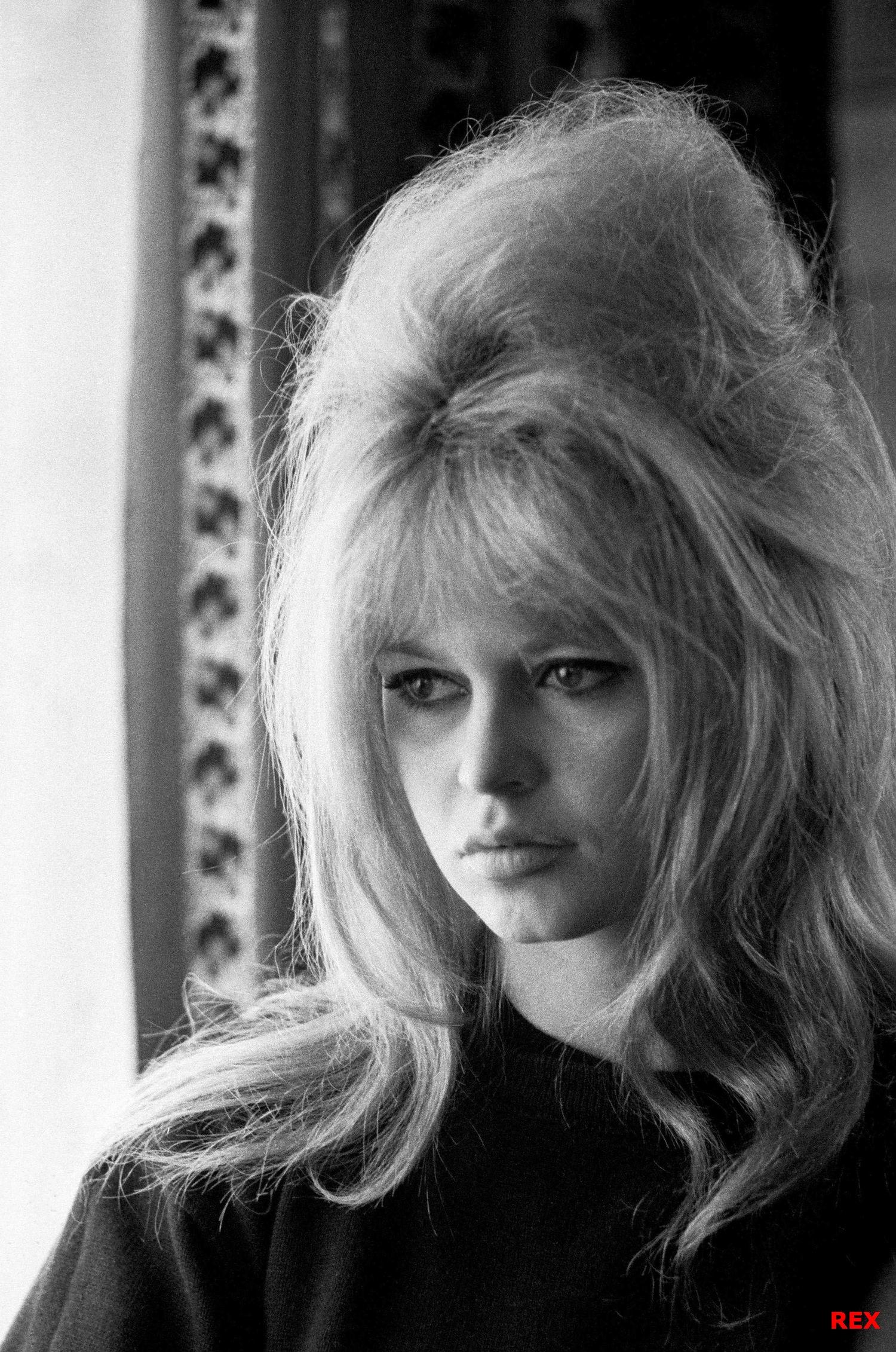 What Were Popular Hairstyles In The 1960s : Brigitte bardot sinem karisir